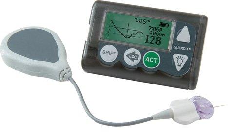 Aparelho acoplado à pele do paciente que emite sinal para o pager (da foto acima) ou para o monitor do carro. O sinal de glicemia é enviado a cada 5 minutos