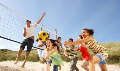 habitos saudaveis praticar esportes com os amigos
