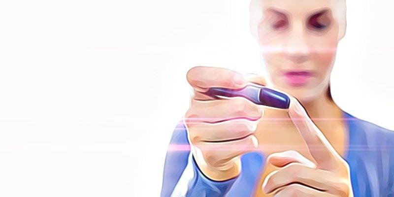 medindo glicemia - diabetes